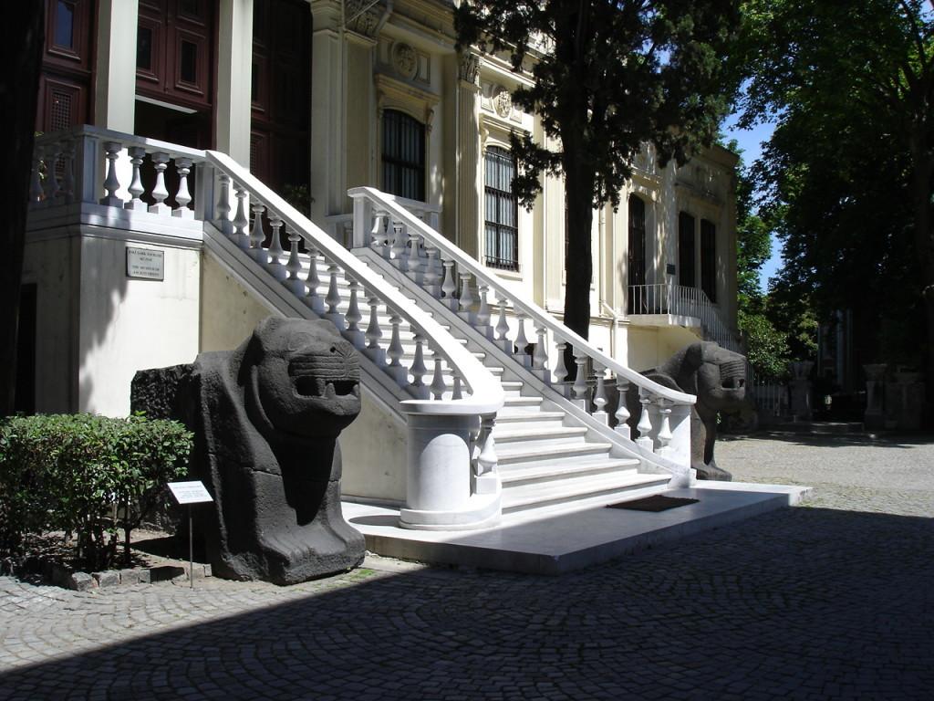 מוזיאון איסטנבול לארכאולוגיה, מבנה למזרח קדום צילום Giovanni Dall'Orto